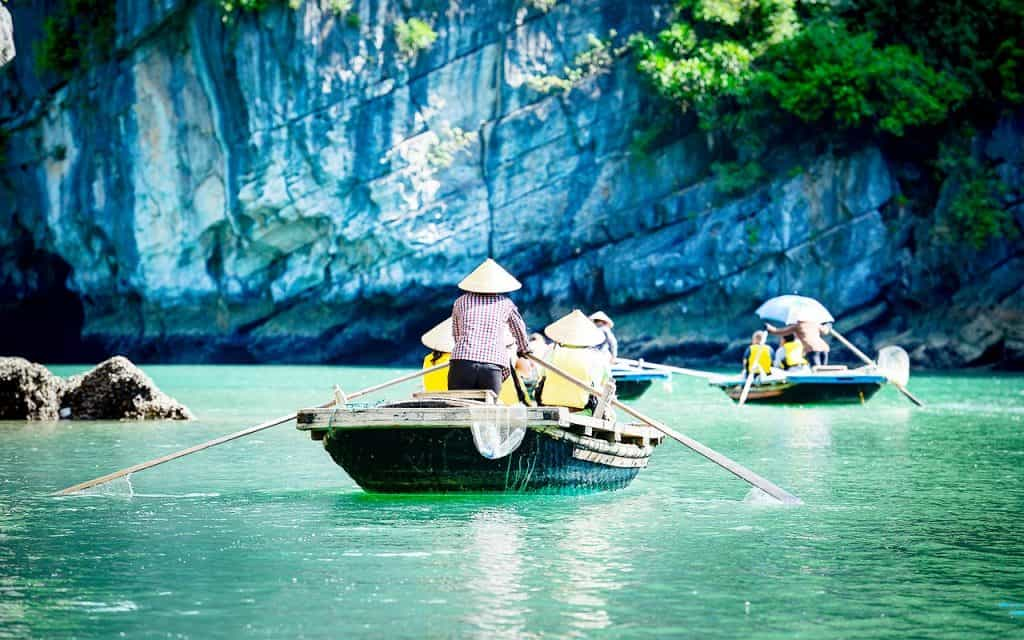 Ha Long Bay Rowing Boat Tours