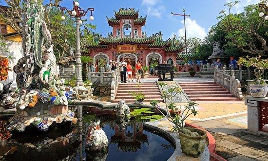Hoi An Pagoda
