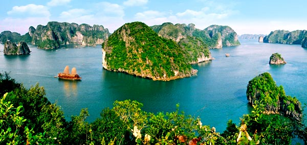 Ha Long Bay The Jewel Food and Travel Vietnam