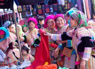 The Colourful Markets of Sapa