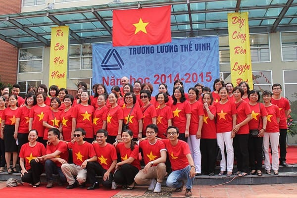 Vietnam Flag T-Shirt Group