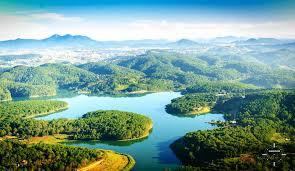 Tuyen Lam Lake Dalat