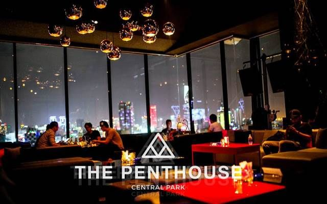 Penthouse Roof Top Bar Saigon