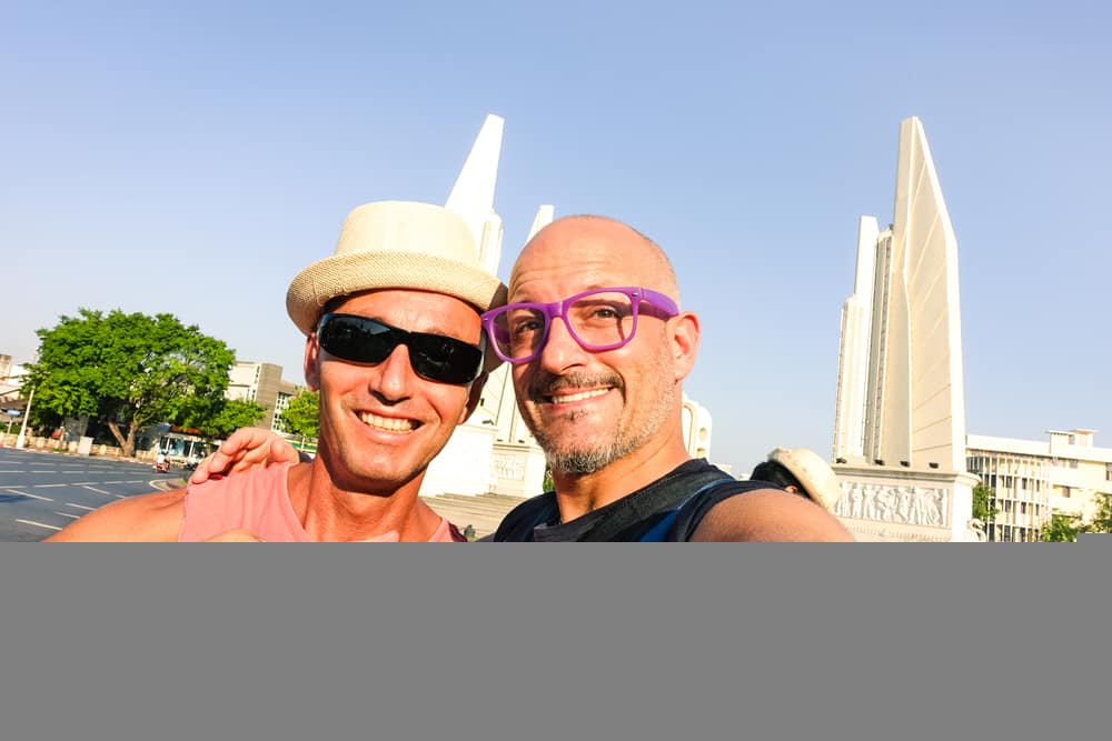 Gay Tourists spend holidays to Vietnam