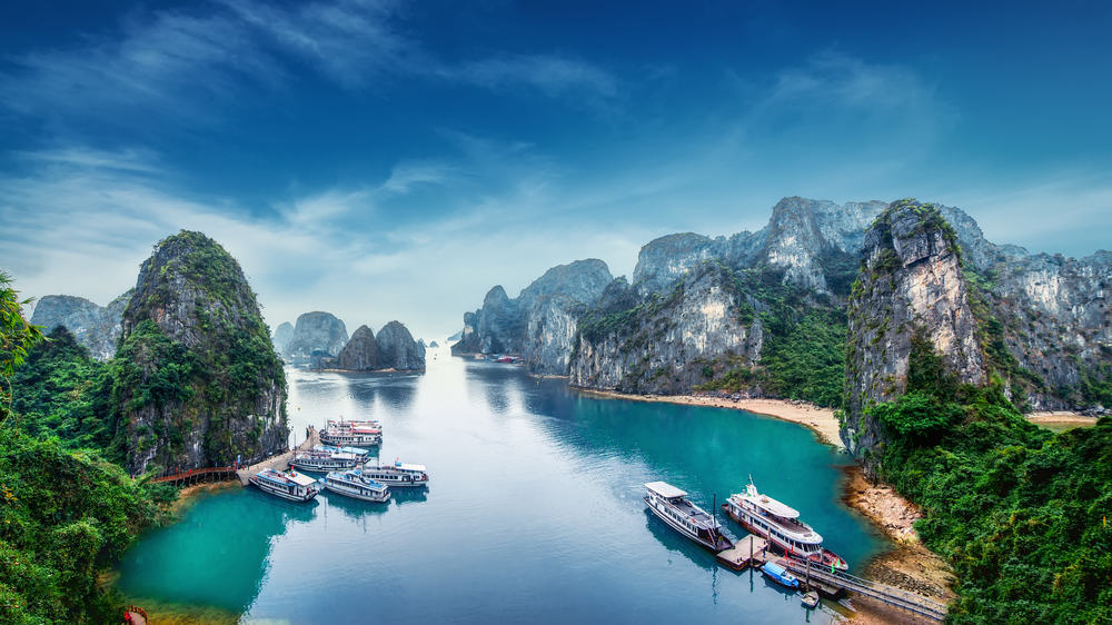Ha Long Bay, South China Sea, Vietnam. holidays to Vietnam