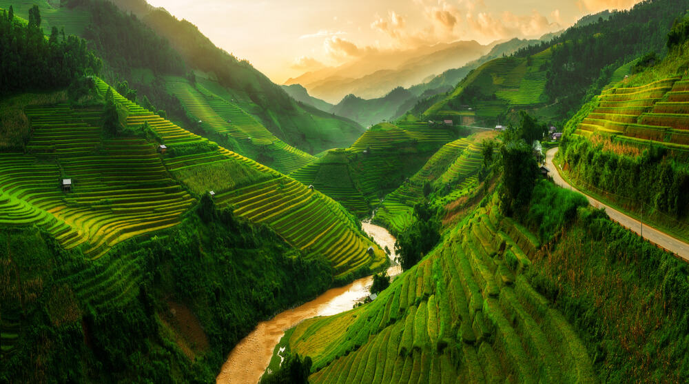 Exploring Northwest-best places to visit in Vietnam: the Wonders and the Experiences