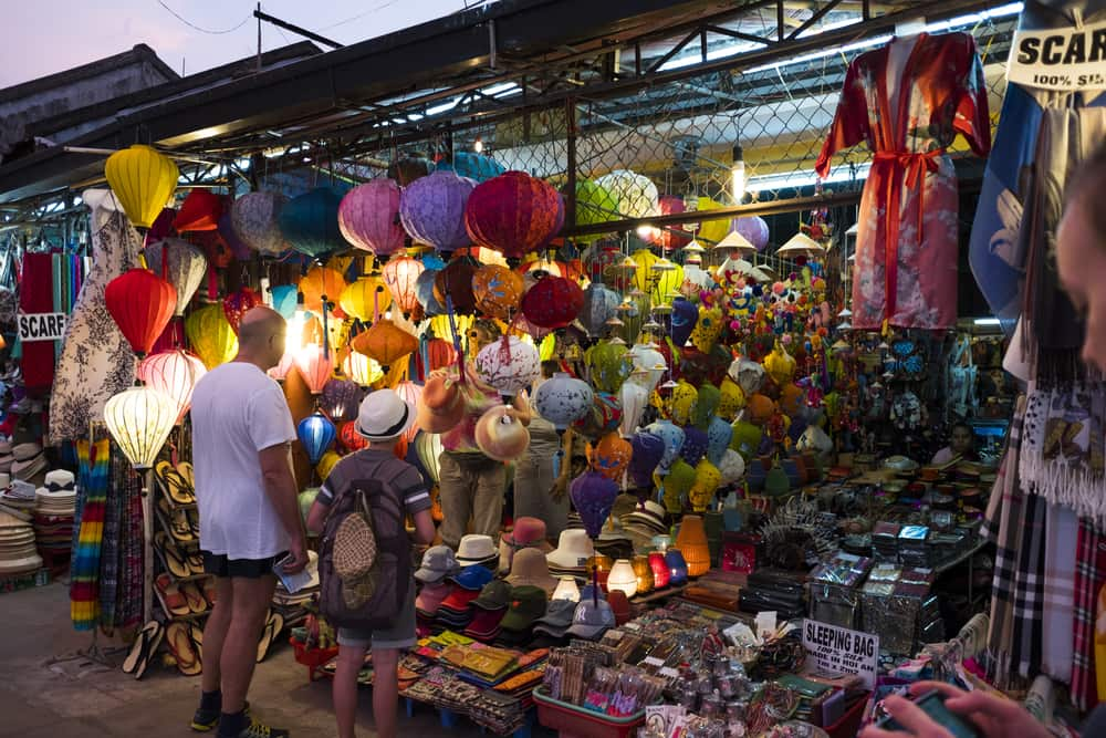 Where-to-shop-in-Hoi-An - Food and Travel Vietnam